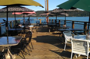 Hoodsport Restaurant On Pier